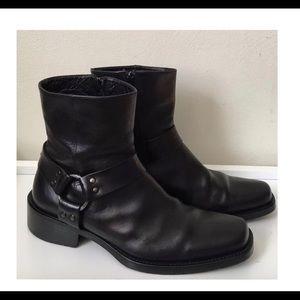 Rare VIA SPIGA Italy Black Ankle Zip Harness Boots